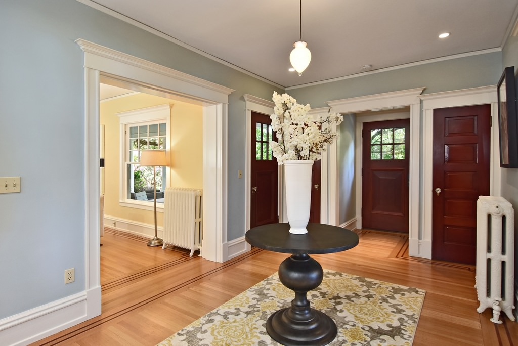 American foursquare interior design photos 2 homes for American house interior decoration