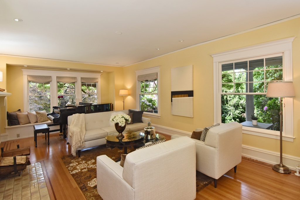 5zs-American-Foursquare-House-Interior
