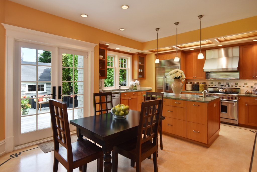 Updated kitchen in an American Foursquare home with eat-in area