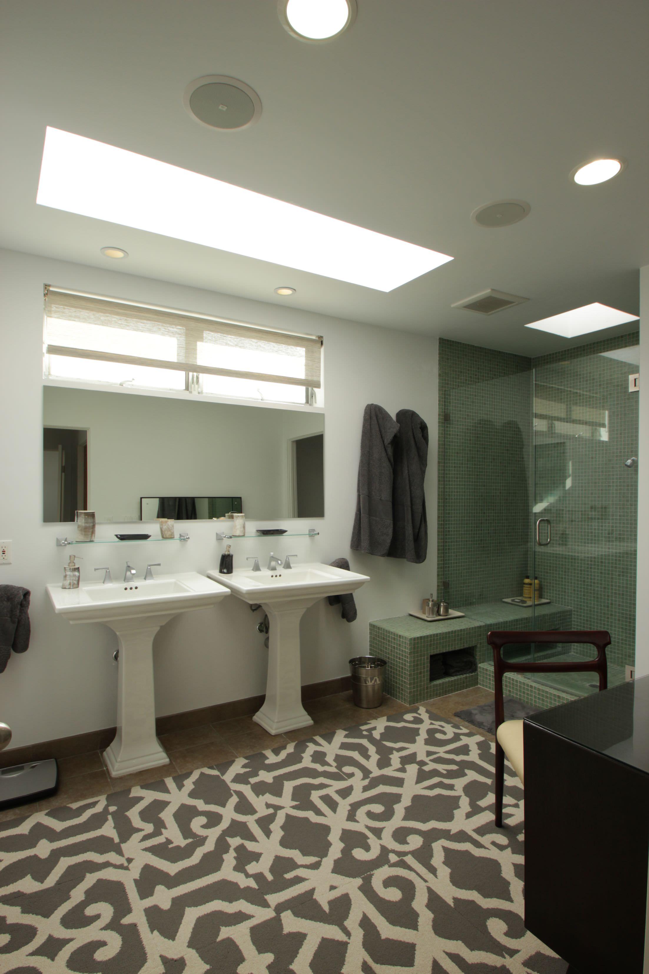 39 badezimmer mit sockel sinkt ideen und fotos home deko for Design planken badezimmer