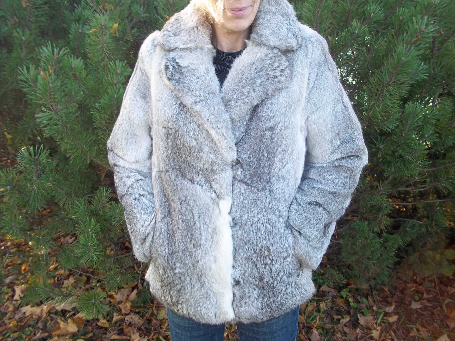 Beautiful, Fluffy Fox Fur jacket with quilted lining