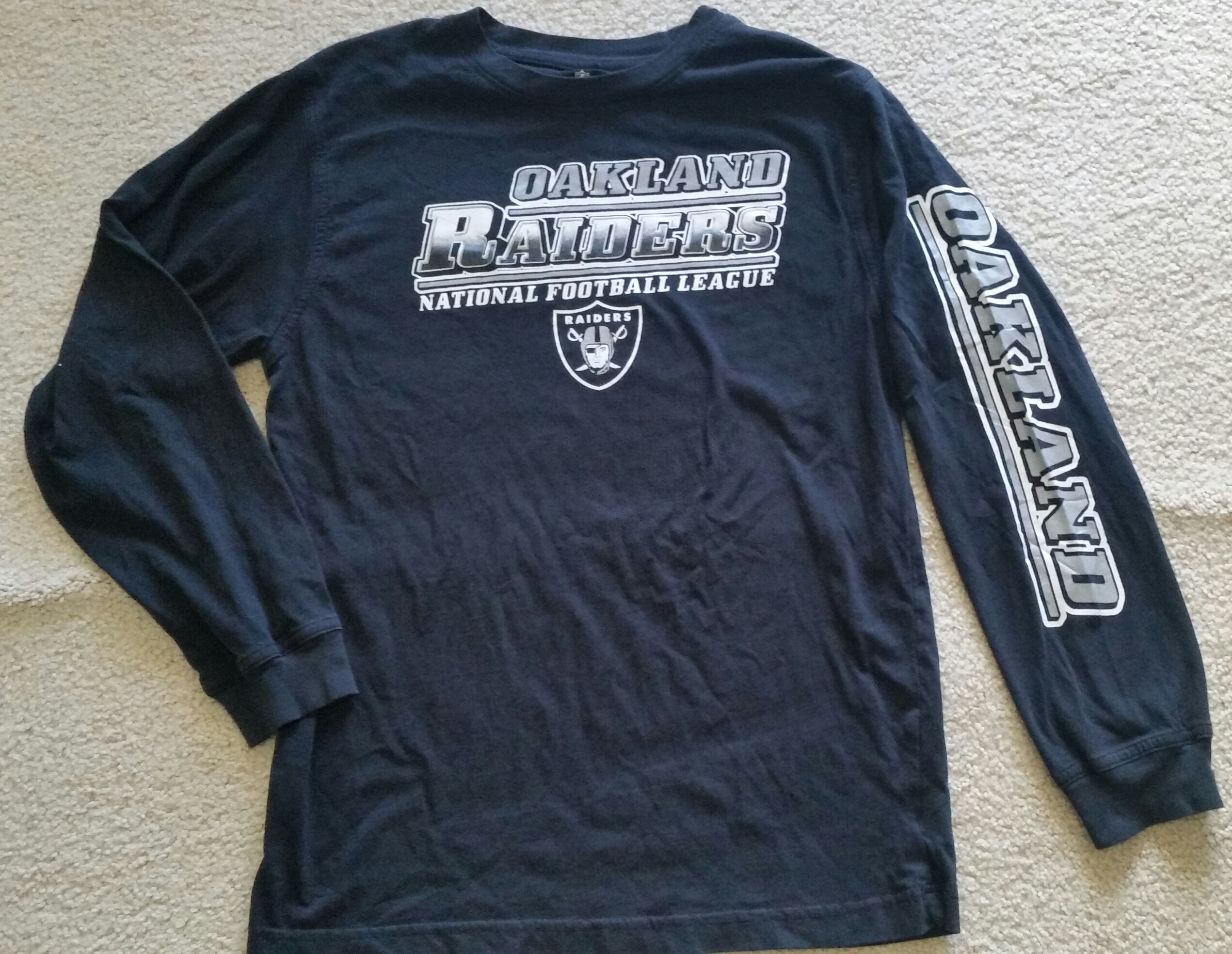 081600314 Pre-Owned Kids (14/16) Raiders L/S Tees - $5