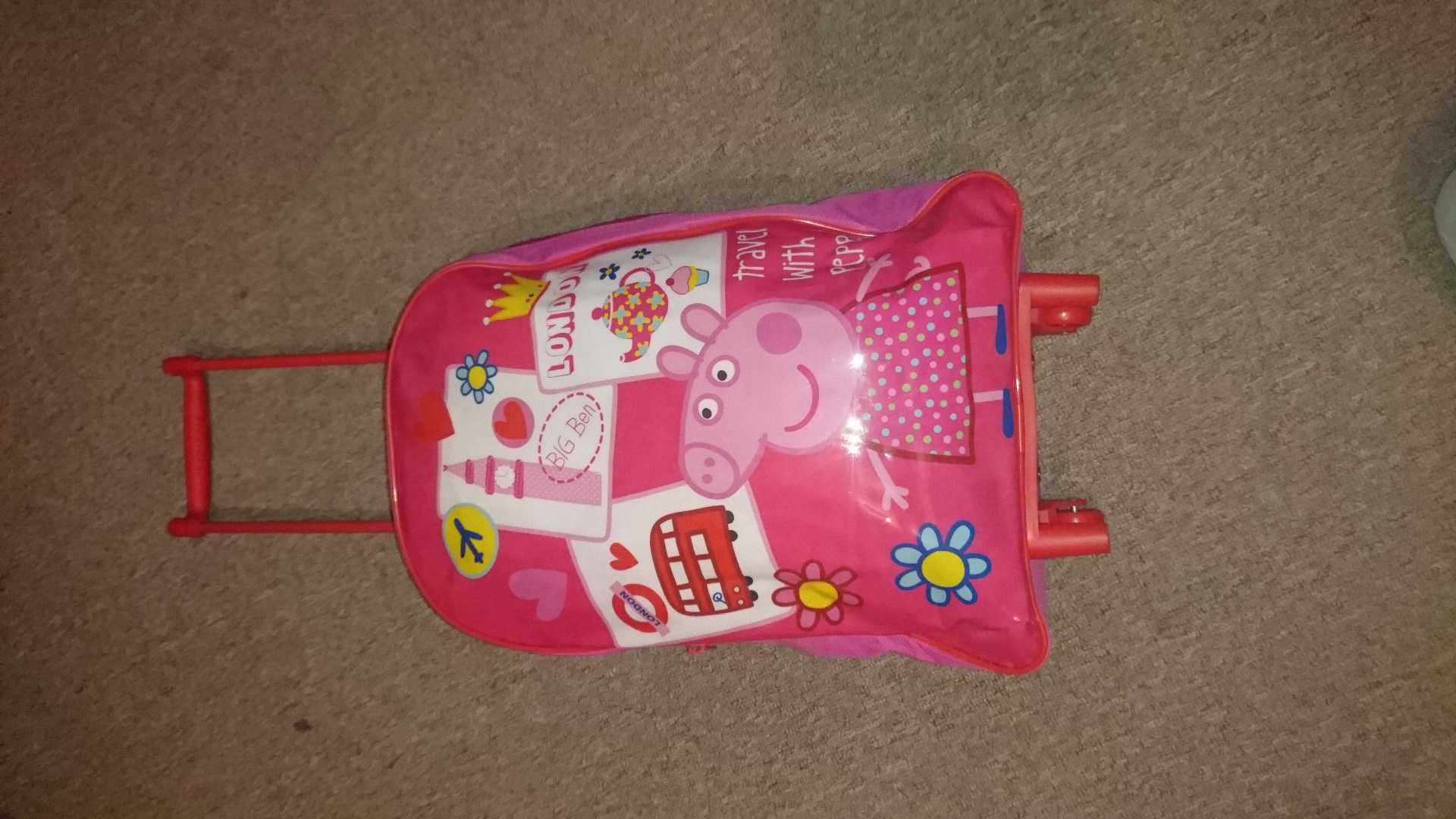 Peppa pig wheelie travel bag