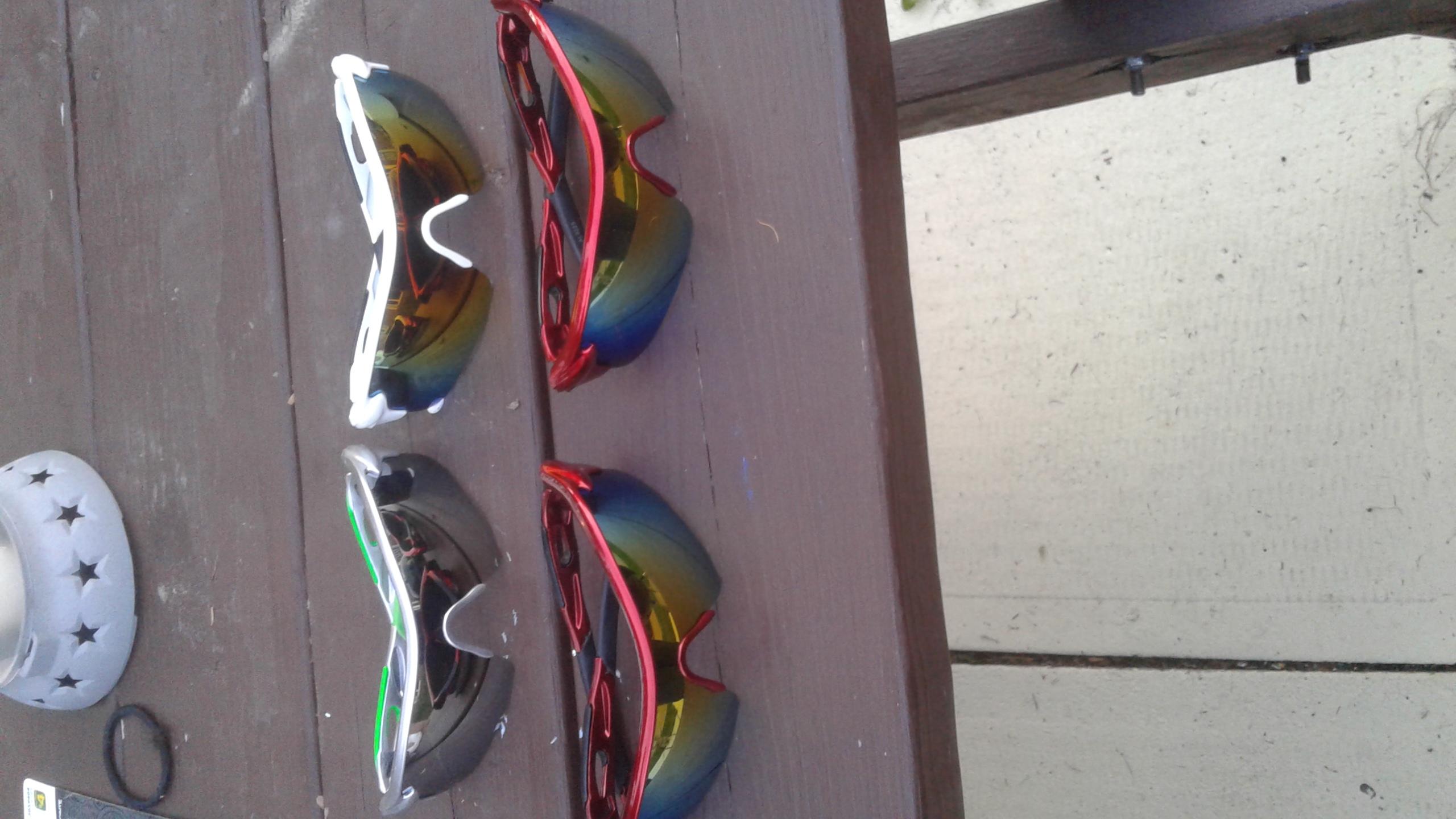 Mens sporty sunglasses