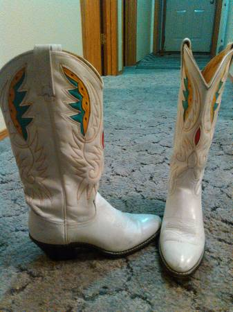 Acme Cowgirl Boots