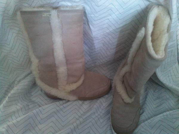 Women's Bearpaw Boots