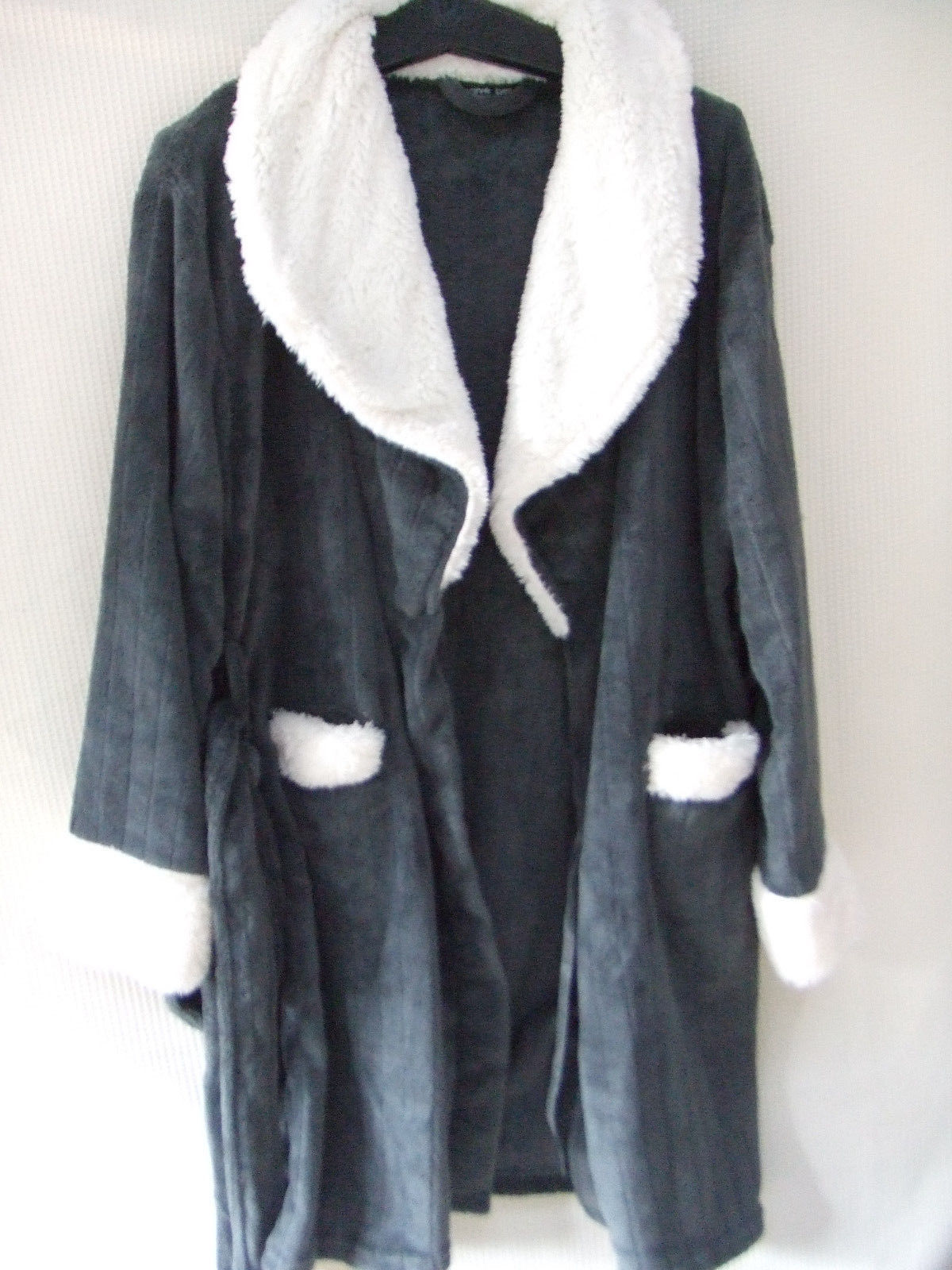 Harve Benard M GRAY/white polyester comfy plush Robe
