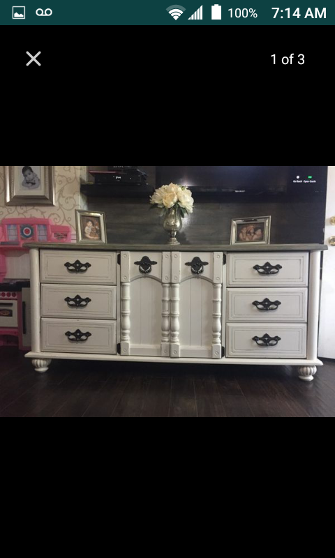 Country style buffet/dresser