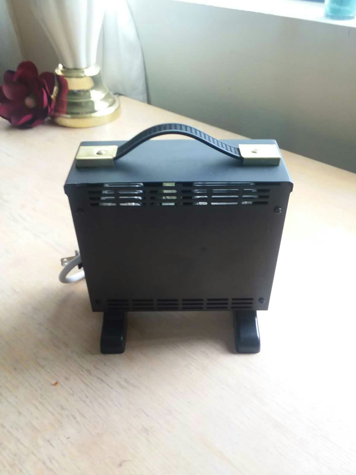 24 volt charger. GREAT FOR SCOOTERS.
