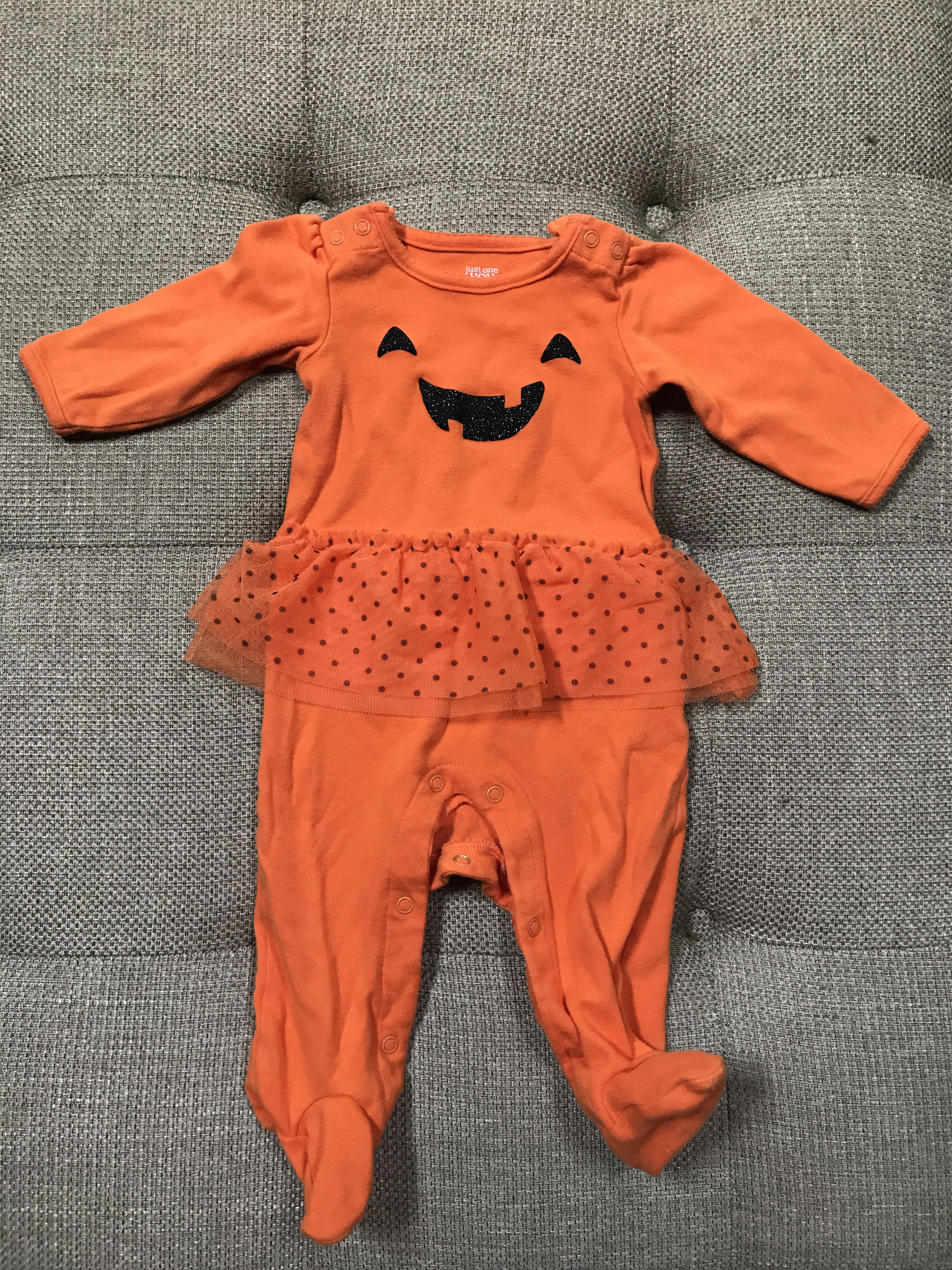 9 mo Halloween onsie. Germantown ppu. Xposted.