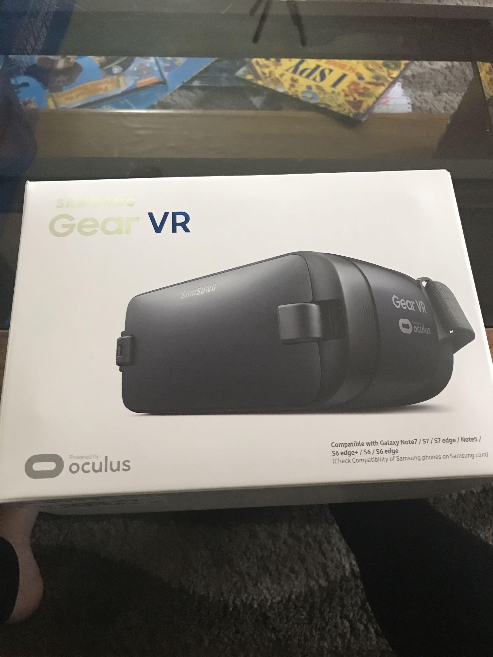 New in package virtual reality goggles
