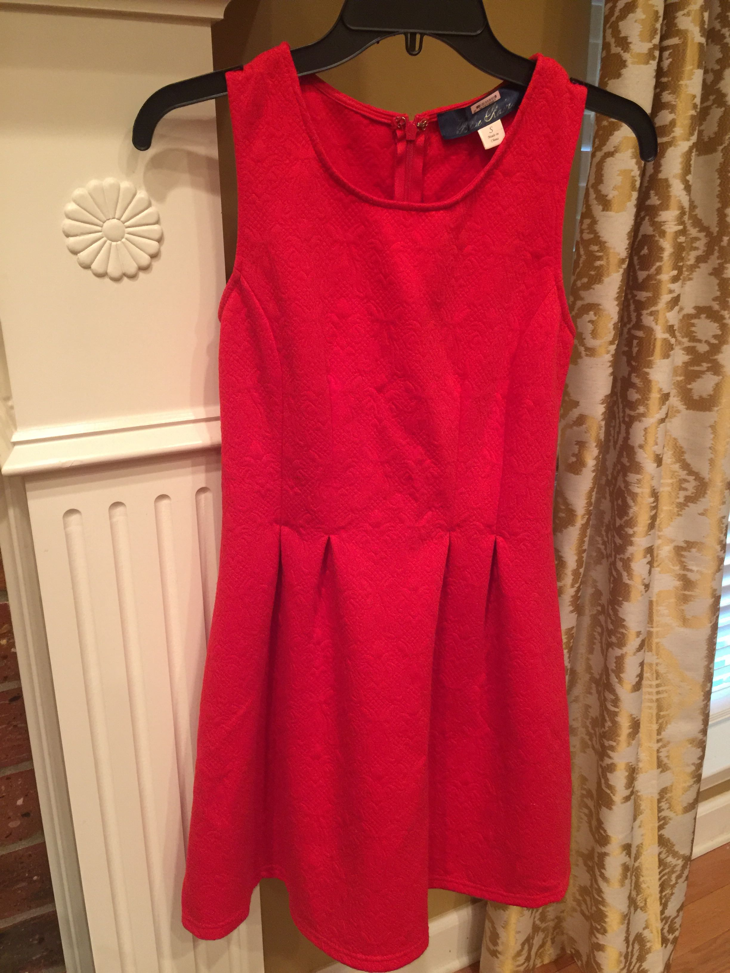 Beautiful red dress from Francesca's. Small