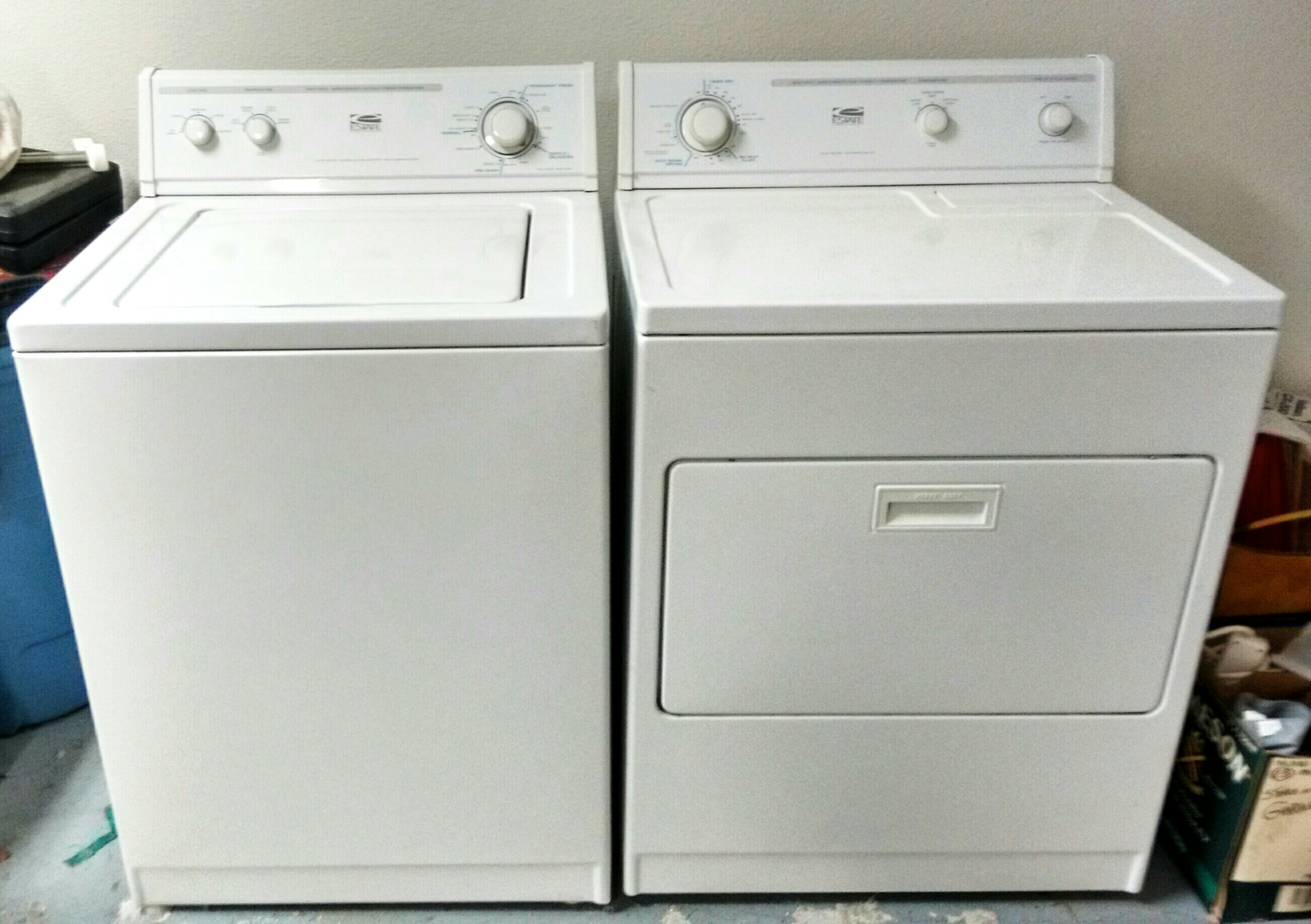 Whirlpool Estate Washer/Electric Dryer Set