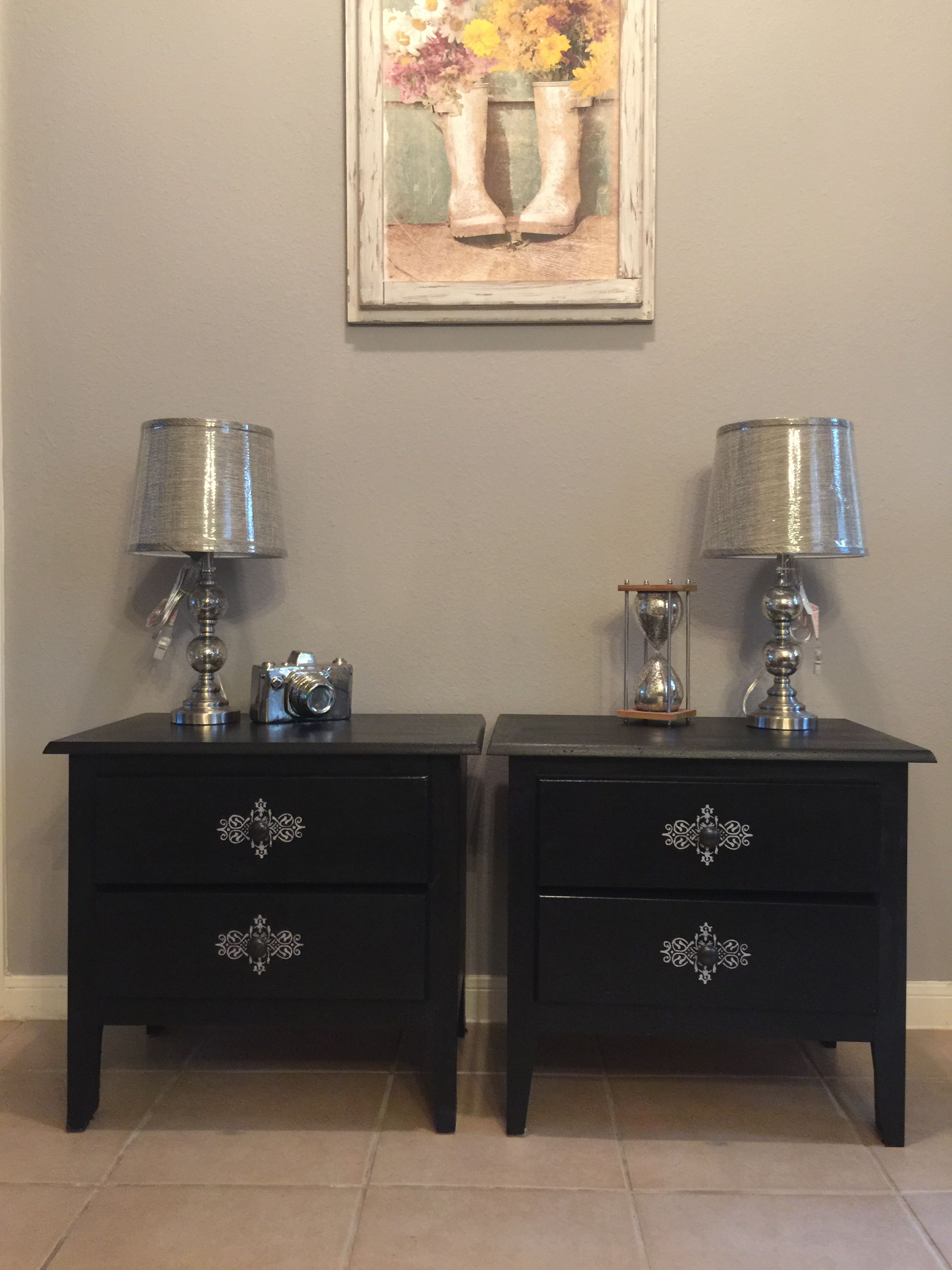 Refinished in black pair of nightstands