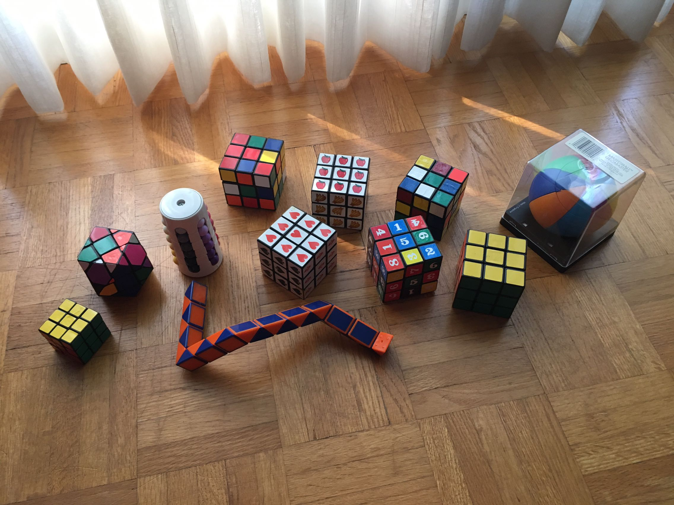 Various rubix cubes 2$ each or 15 for all