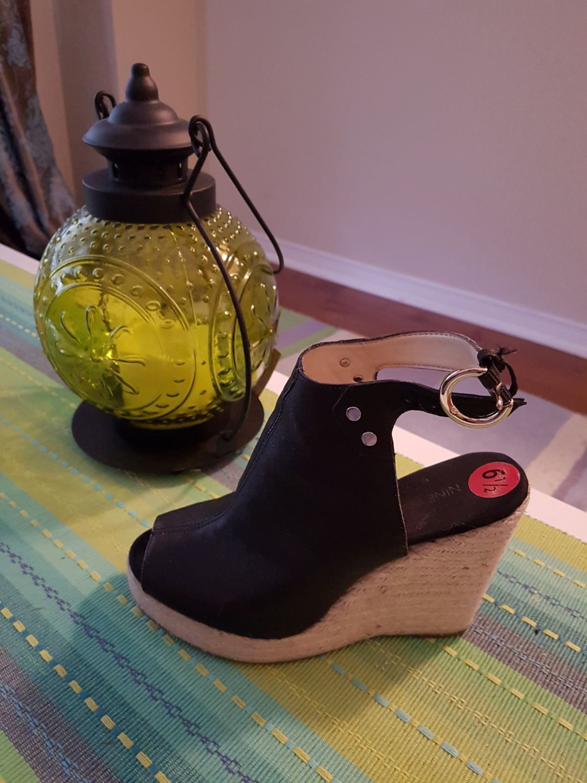 Shoes size 6 1/2 great condition