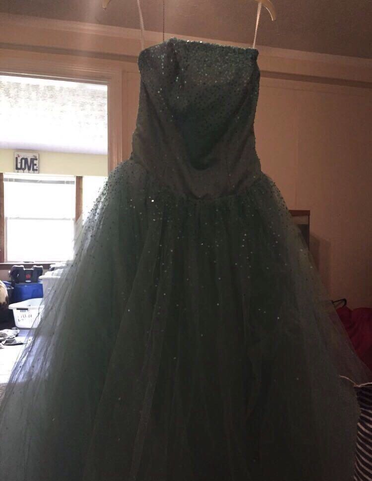 Prom/homecoming/ pageant dress size 2