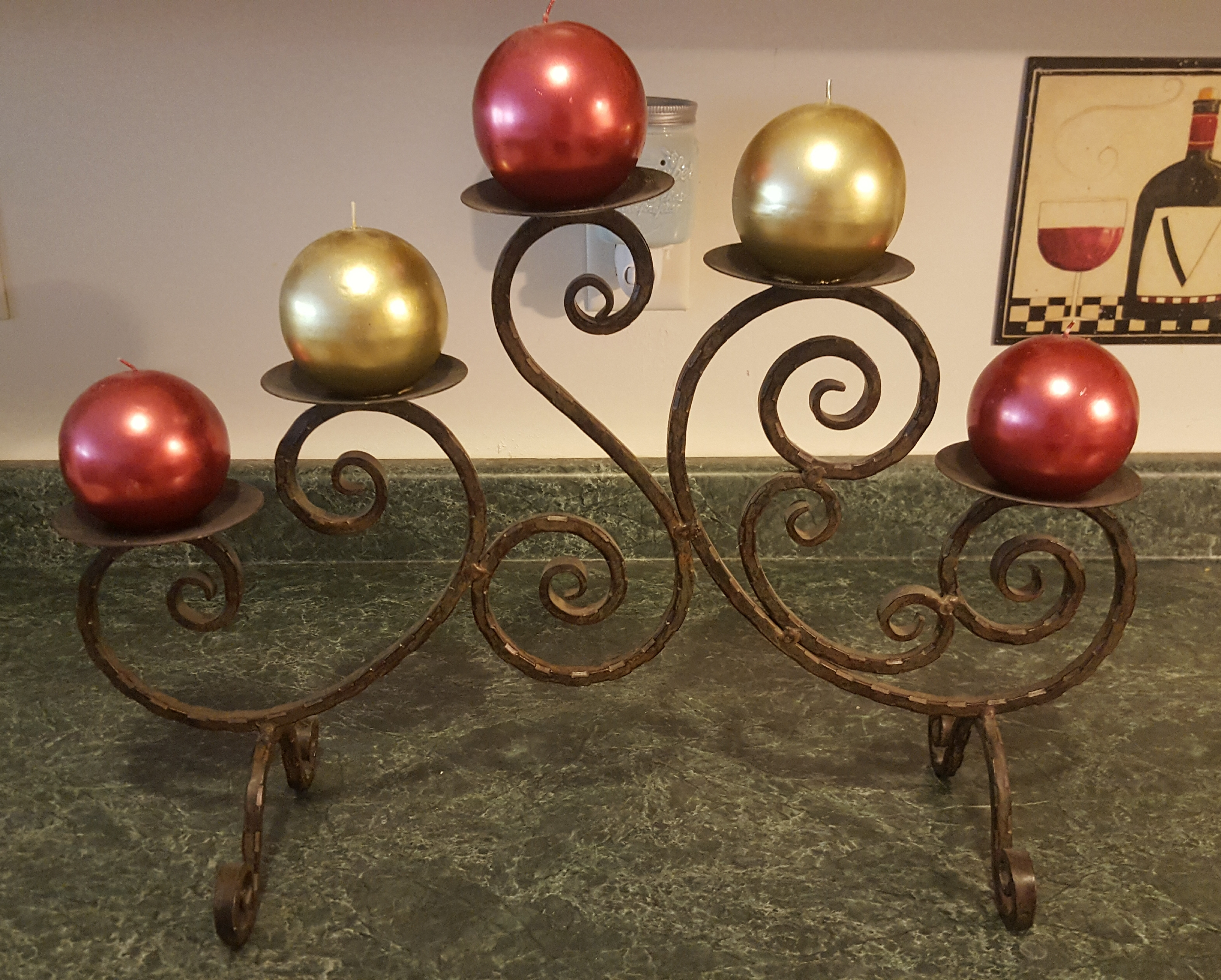 Candle holder w/candles