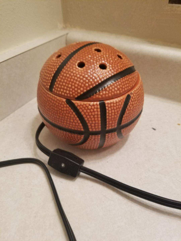 Scentsy Basletball Warmer
