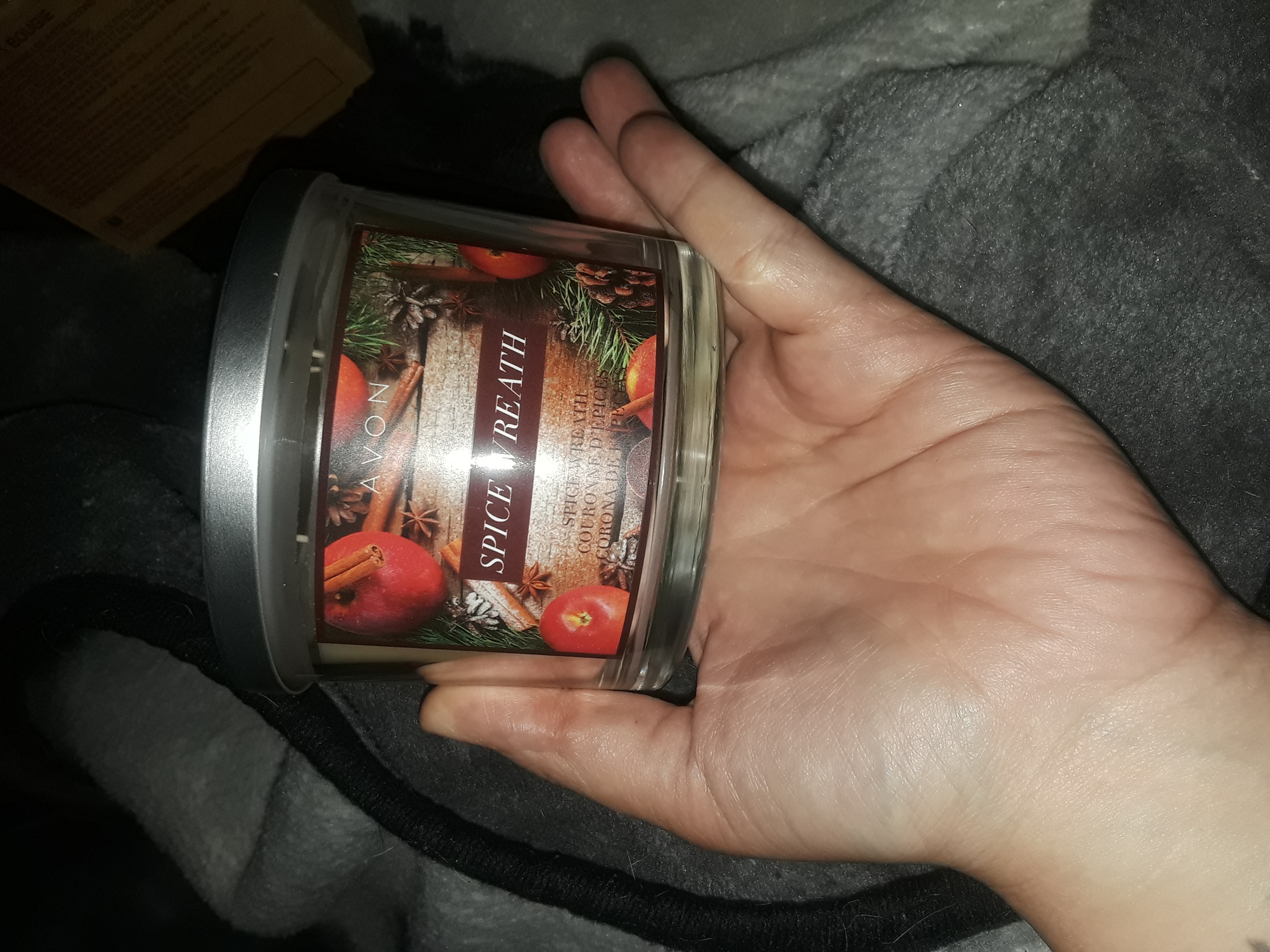 Avon Spiced wreath 3 wick candle