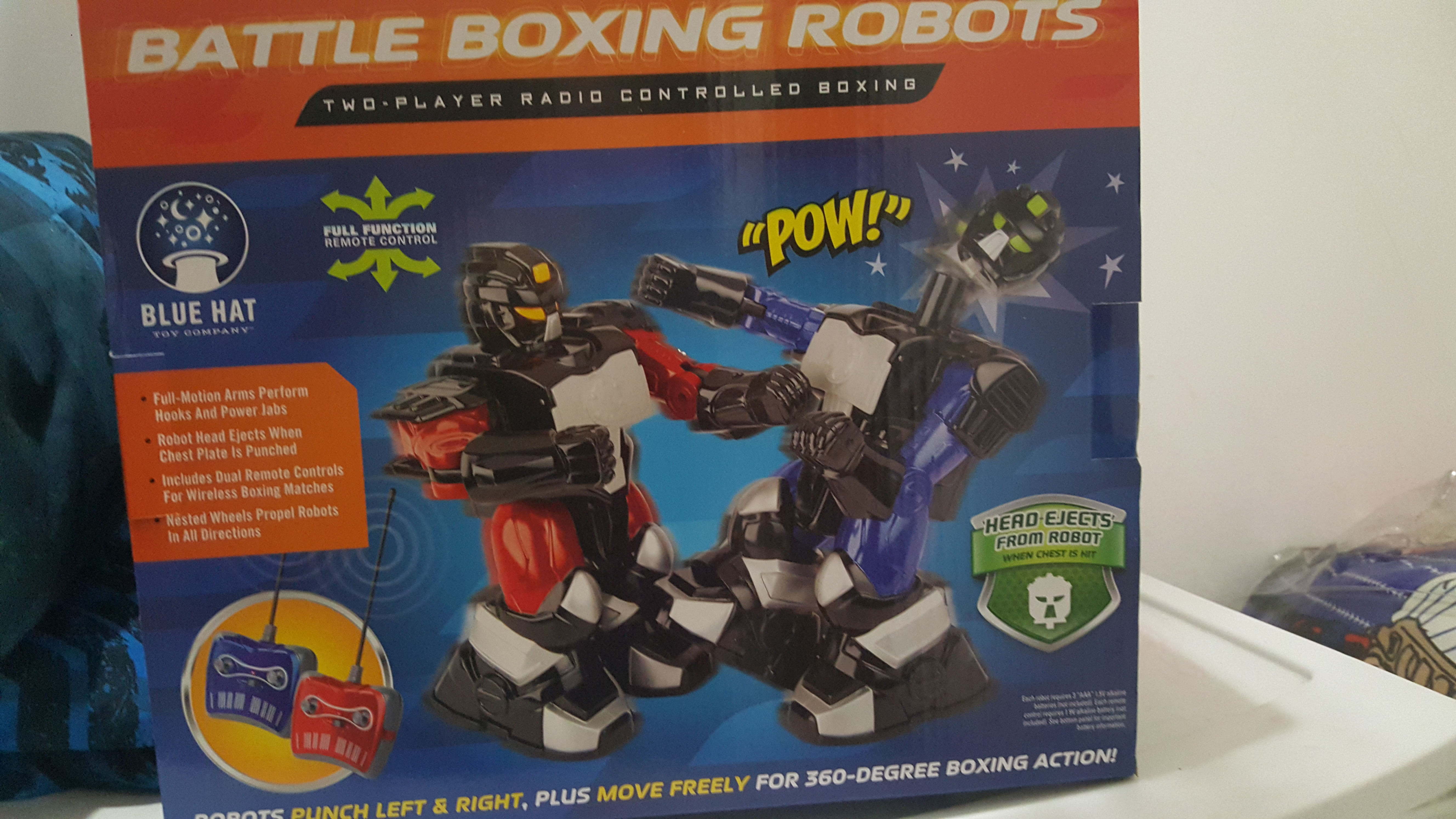 New in box!! Battle boxing robots