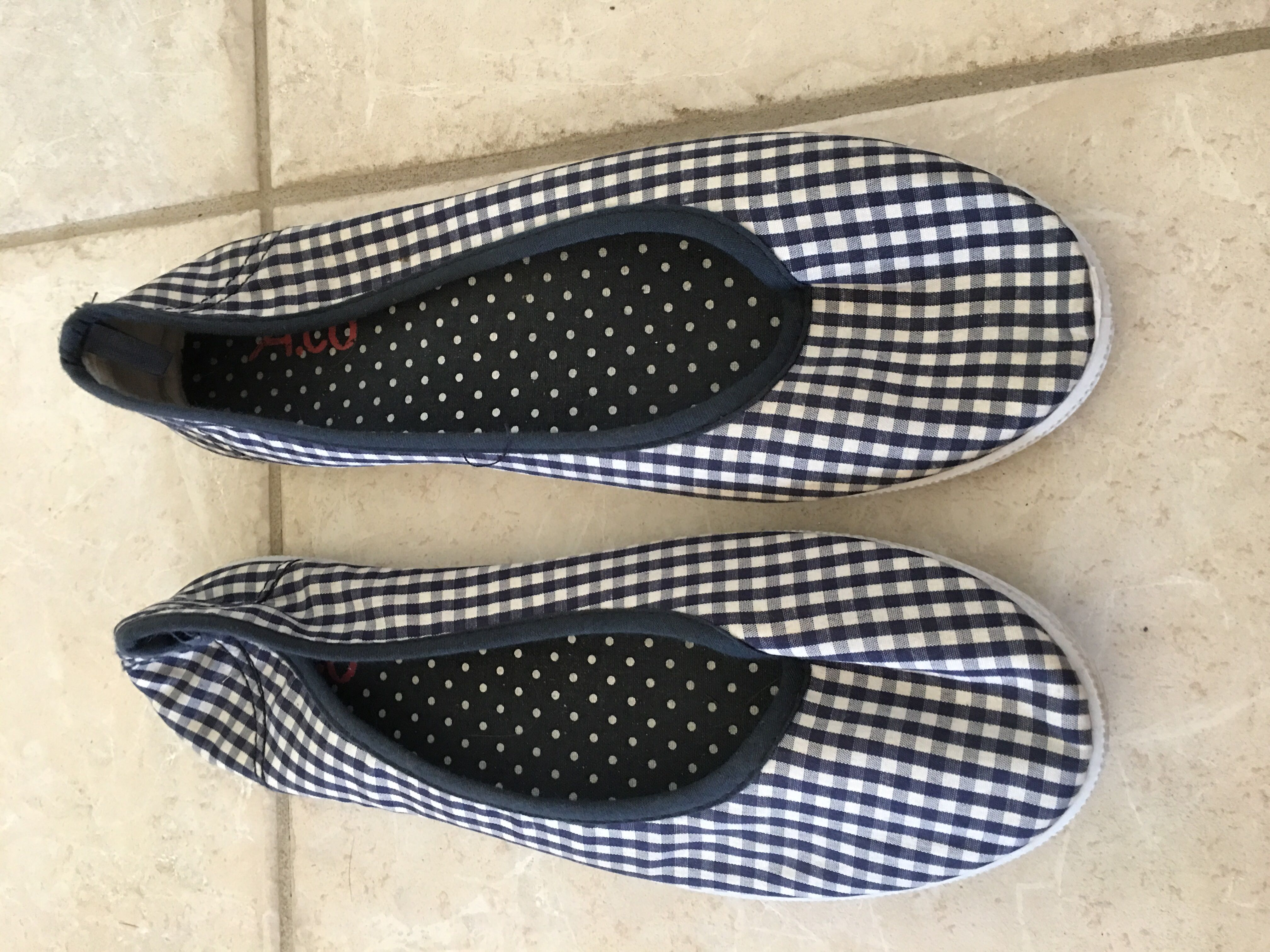 Checkered Summer flat Ladies shoes size 9 / 39