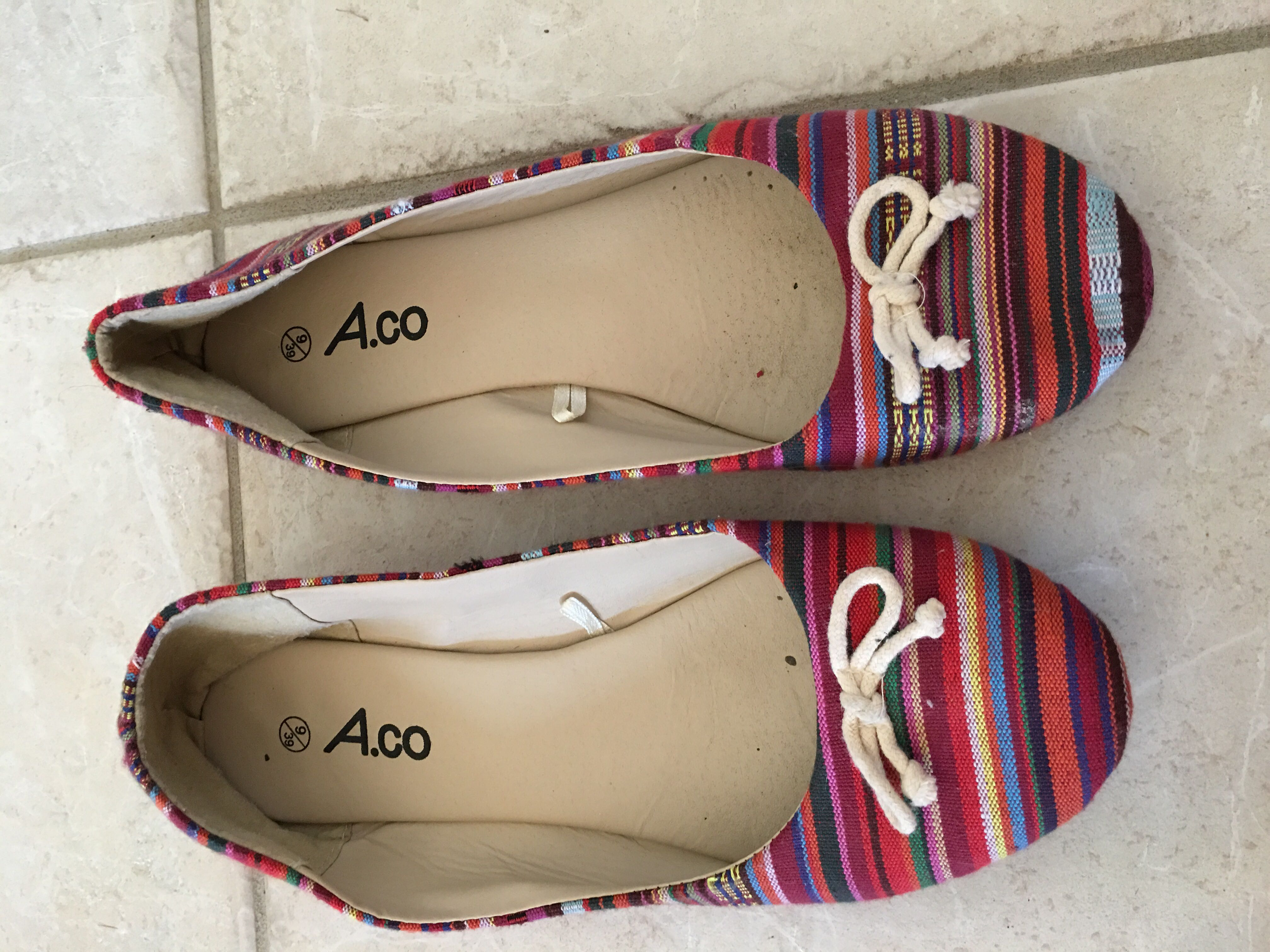 Striped Ladies summer flat shoes size 9 / 39
