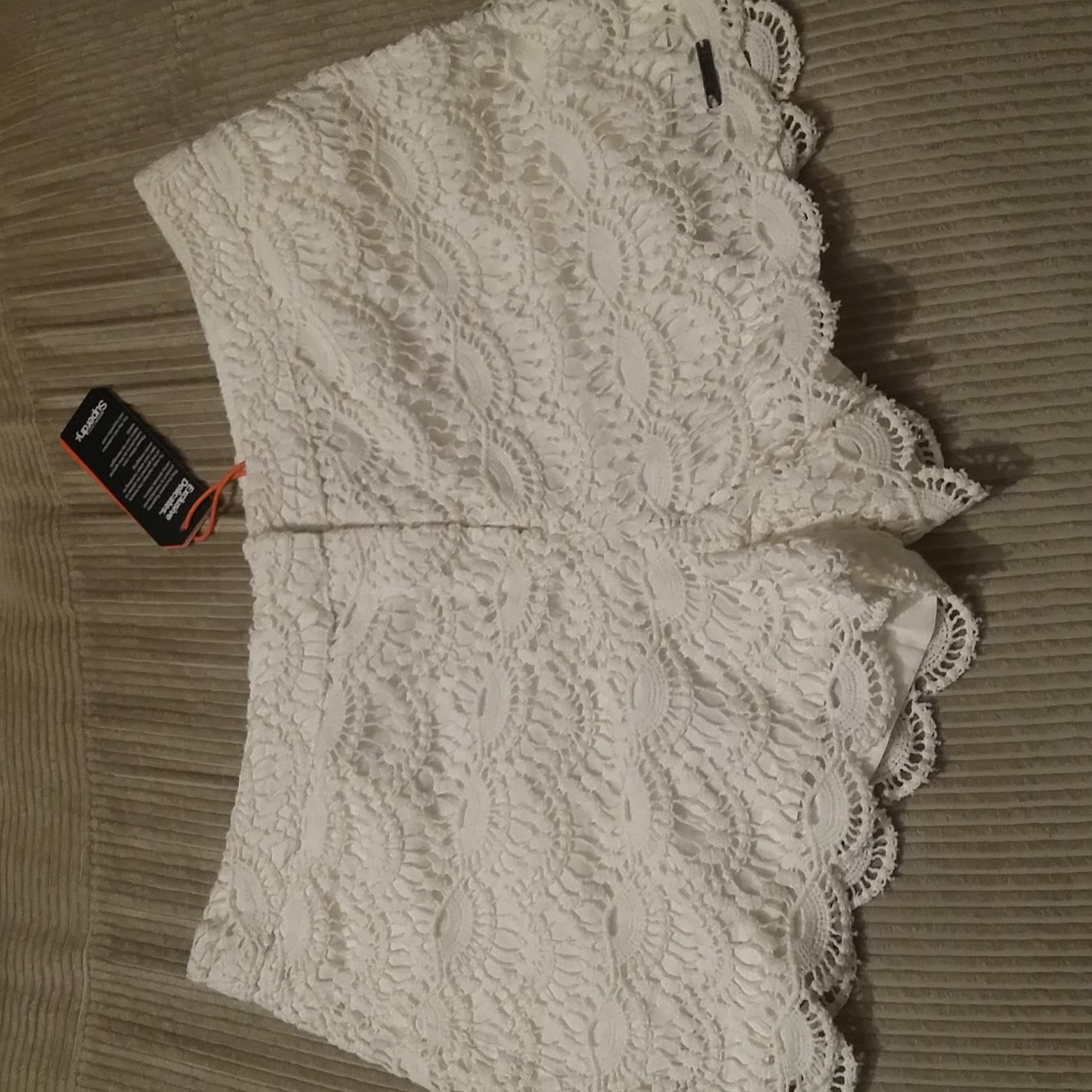 Lace shorts optic white