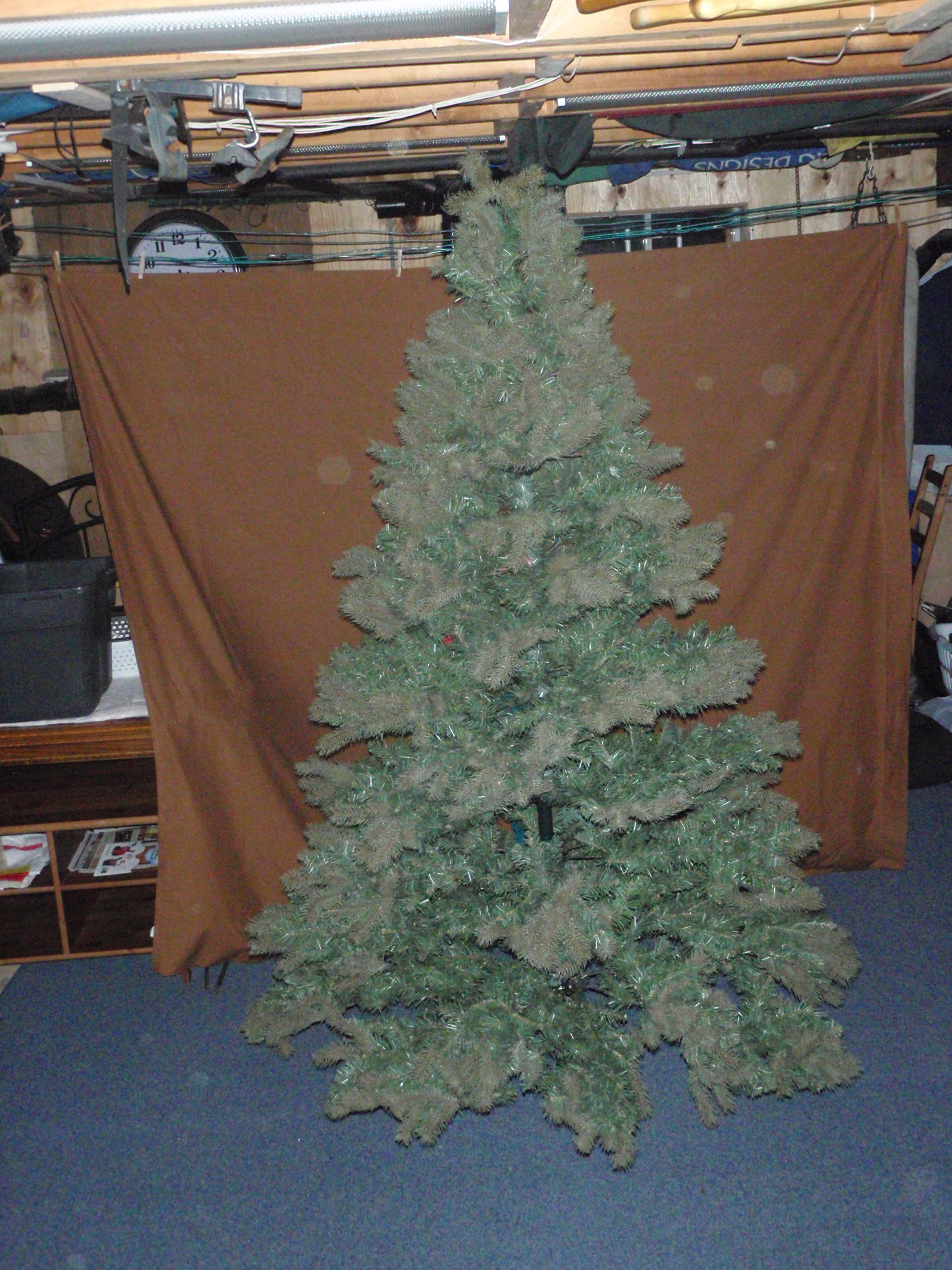 7.5 Feet Tall Christmas Tree