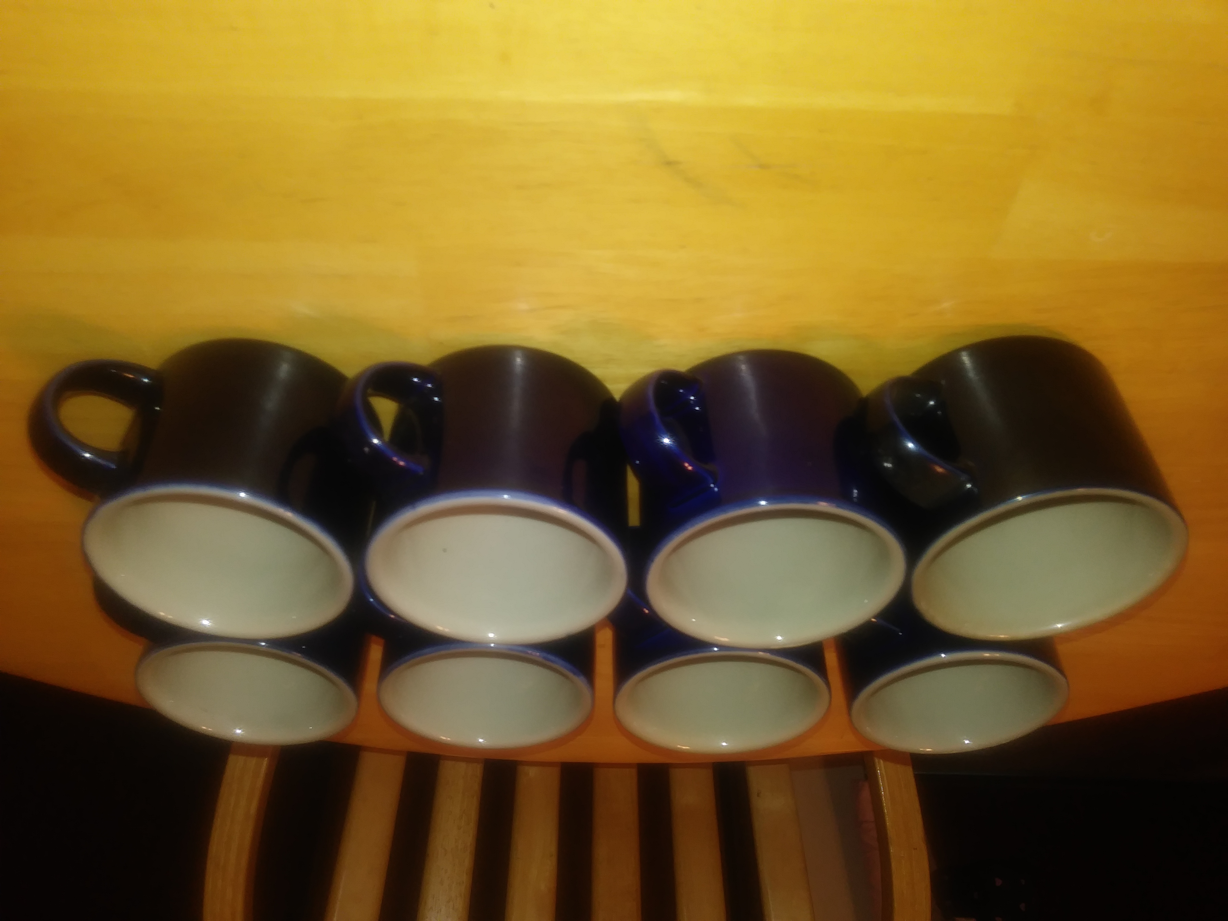 Set of 8 coffee cups