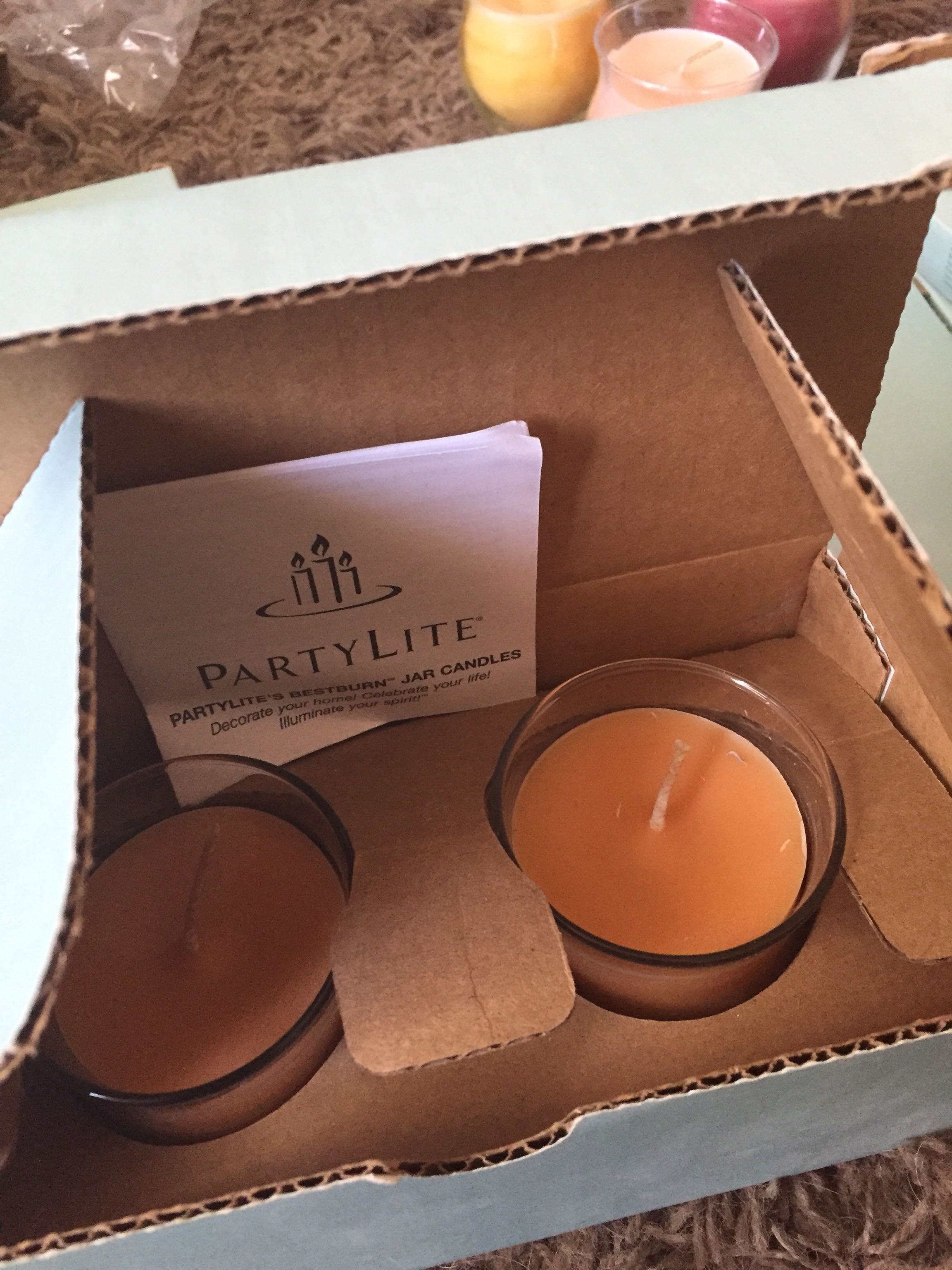 Set of 2 pineapple pomegranate candle