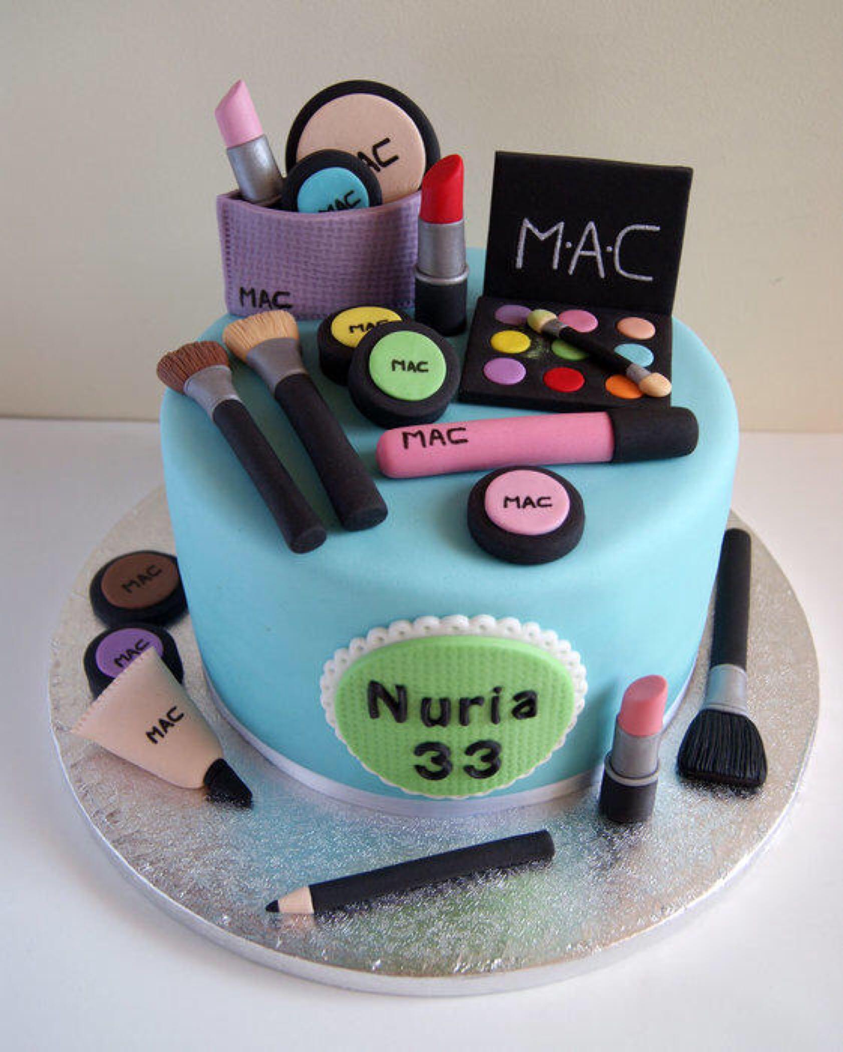 Cake makeup