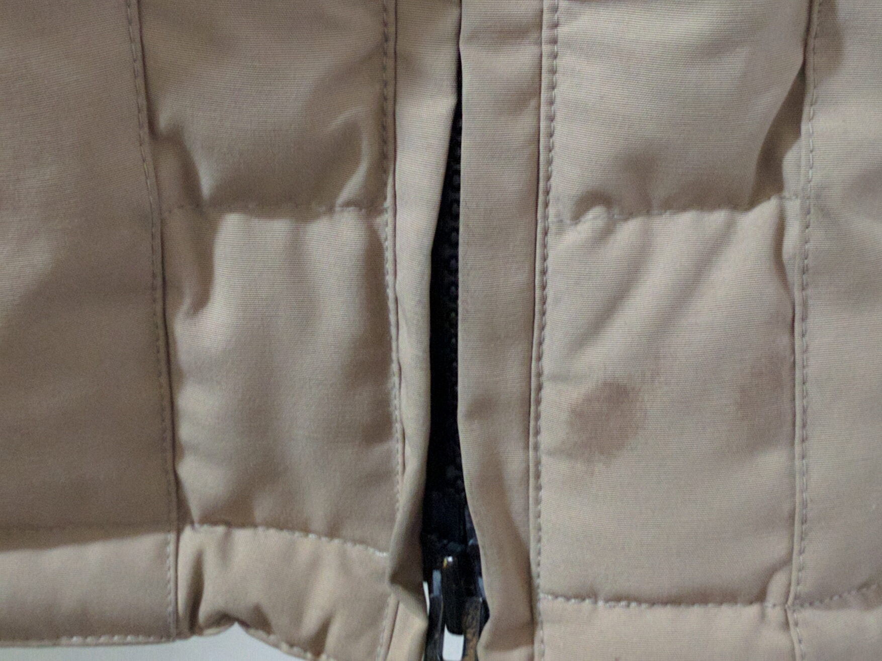 Canada Goose trillium parka outlet fake - FS] $140 Authentic Canada Goose Women's Solaris Parka, Tan, XL ...