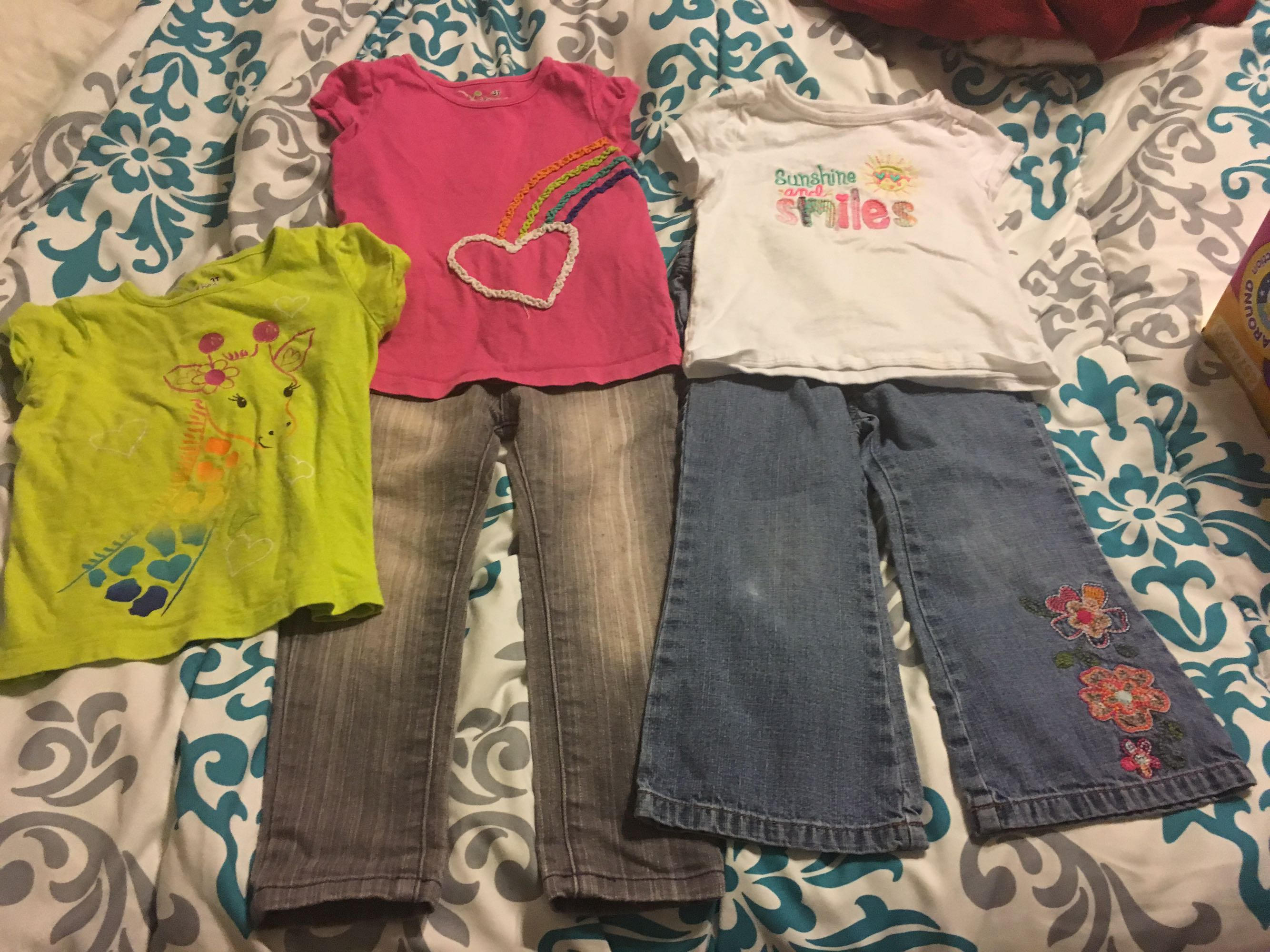 2 pairs of jeans & 3 shirts size 3T