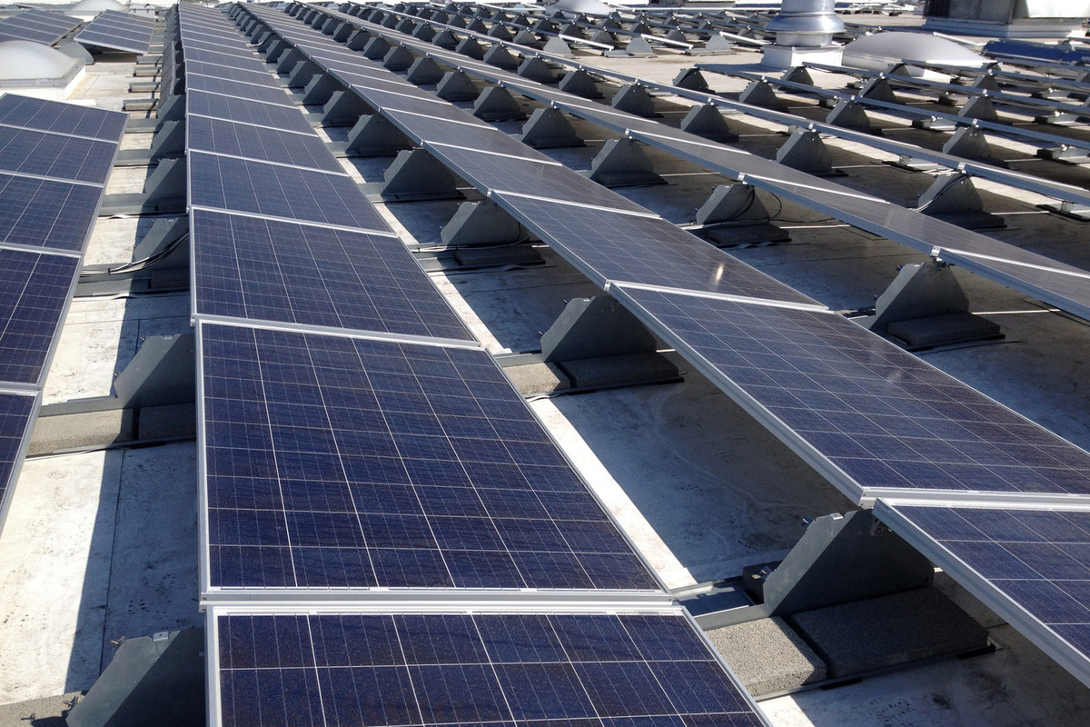 Commercial Solar Panel Installation Rooftop Solar Company