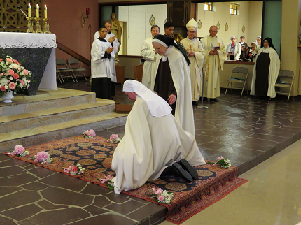 Religious Life for Women | Archdiocese of Seattle Religious Cross Backgrounds