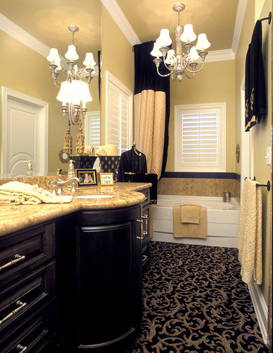 Elegant small bathrooms for Bathroom ideas elegant