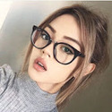 Beautiful-girl-glasses-makeup-favim.com-4607973