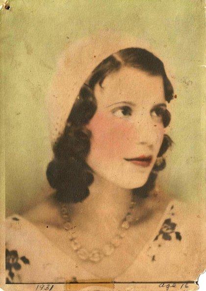 1931_helen_age16