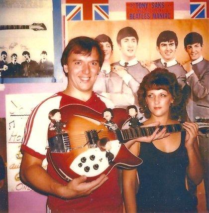 1986_beatles_guitar