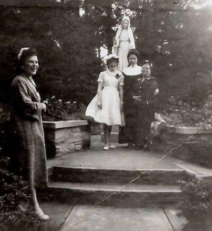 Holy_family_1962