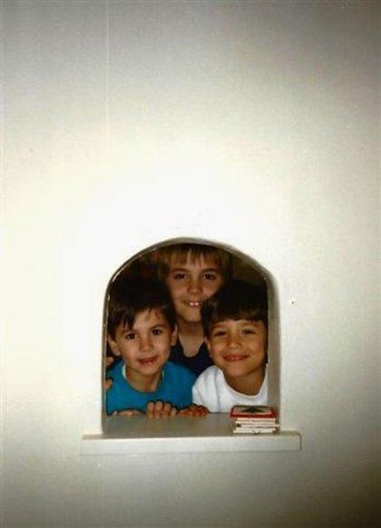 Three_boys