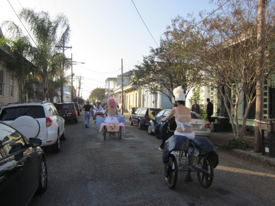 CarnivOil_Parade_Bywater_Bikes