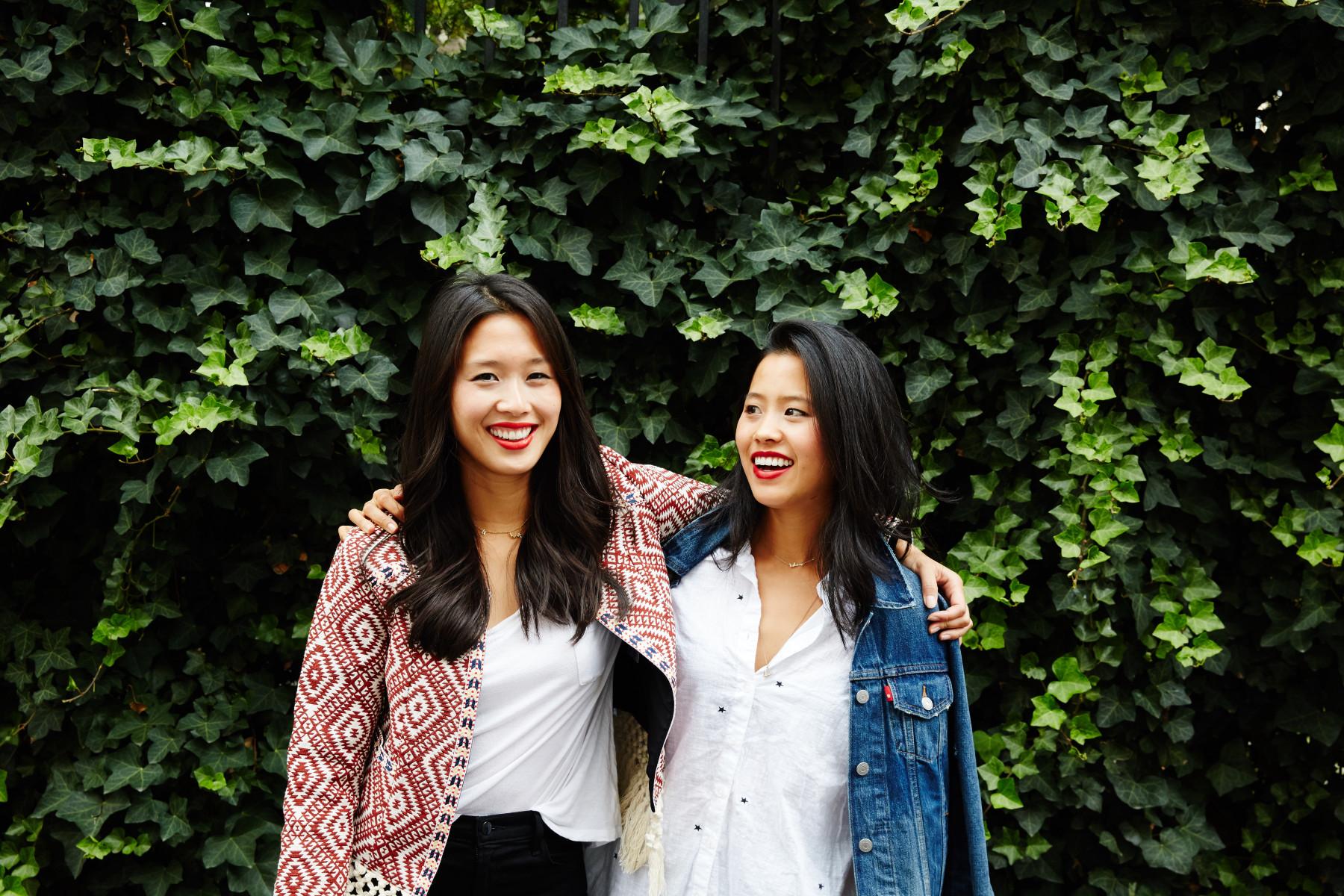 Hannah + Marian Cheng (Credit Nicole Franzen) (1)