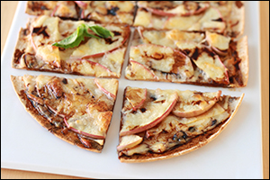 Hungry Girl's Sweet 'n Cheesy Apple Flatbread
