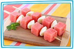 Hungry Girl's Fruity Cheese Skewers