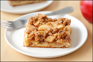 Hungry Girl's Apple Streusel Slab Pie
