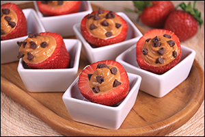 Hungry Girl's Chocolate & PB Stuffed Strawberries