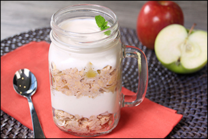 Hungry Girl's Apple Pie Overnight Oatmeal Parfait