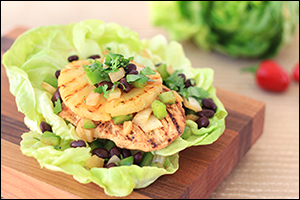 Hungry Girl's Jerk Chicken Lettuce Wrap